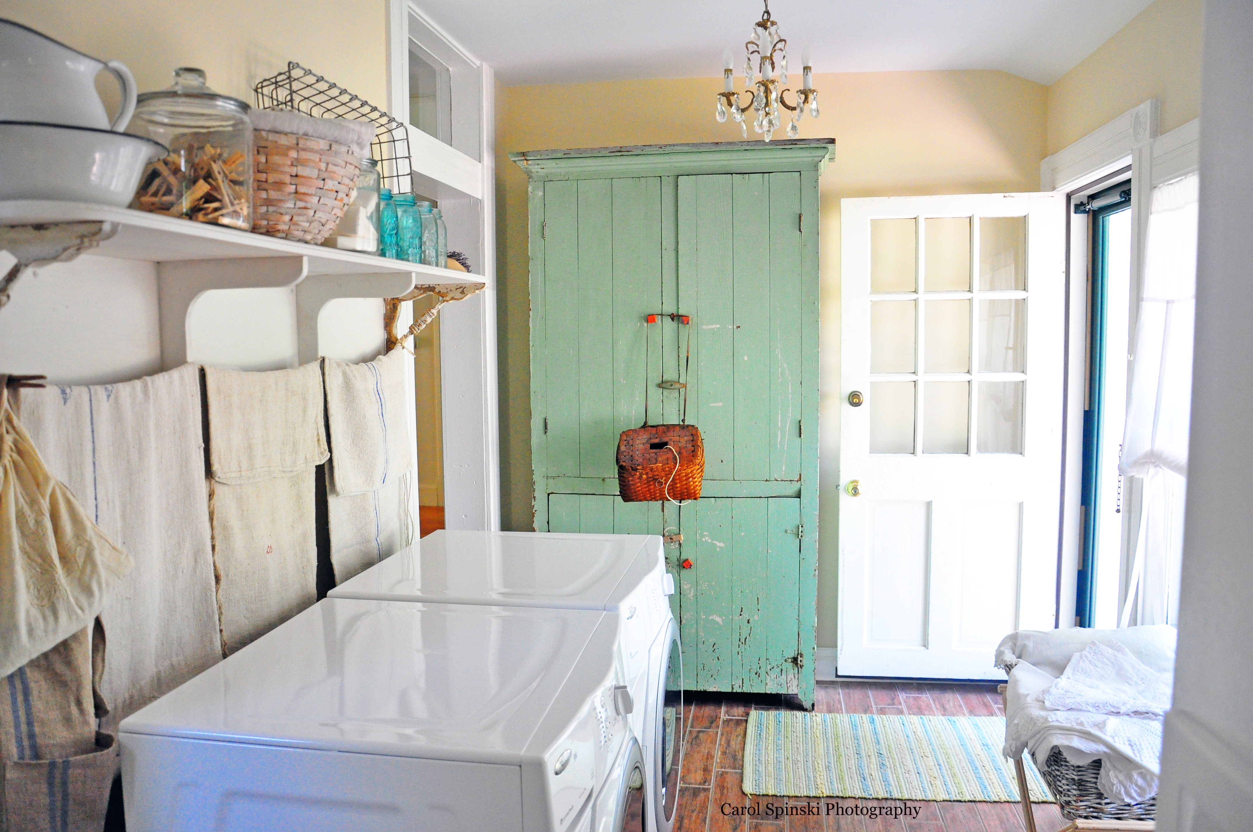 Vintage Laundry Room Mesmerizing Whatever I Dream About Laundry Rooms Design Ideas