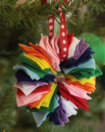 felt square wreathes